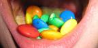 Bolest, otok a krvácení dásní