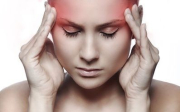 Zalehlé ucho atočení hlavy