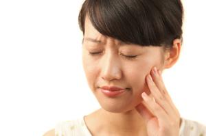 Co nabolest zubů